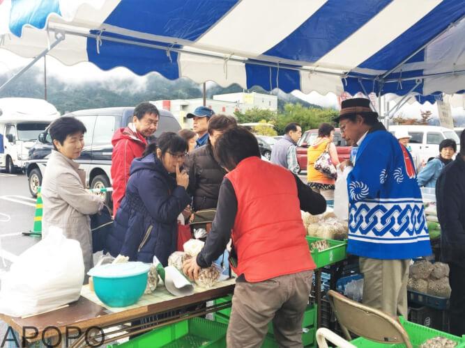 s_171031-282_山ノ内町の秋の収穫祭「よってかっしゃい 山ノ内」